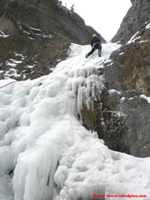 Grotto Falls ice climb
